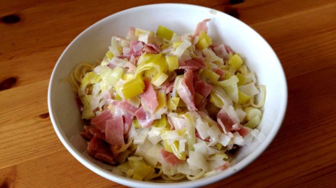 těstoviny s pórkem