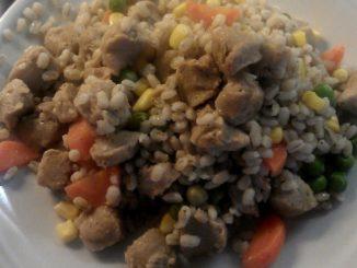 ječné kroupy se zeleninou a sojovým masem