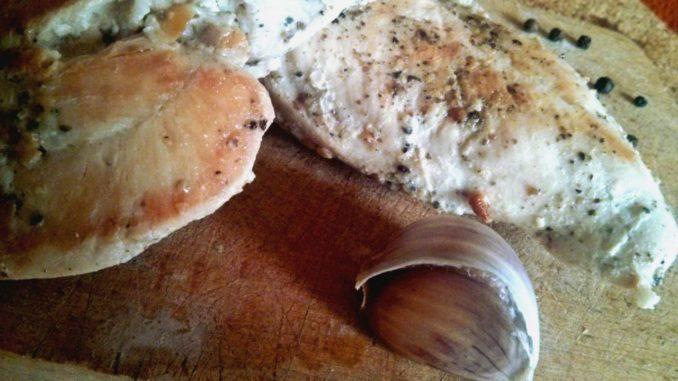 vepřový steak s pepřem a česnekem
