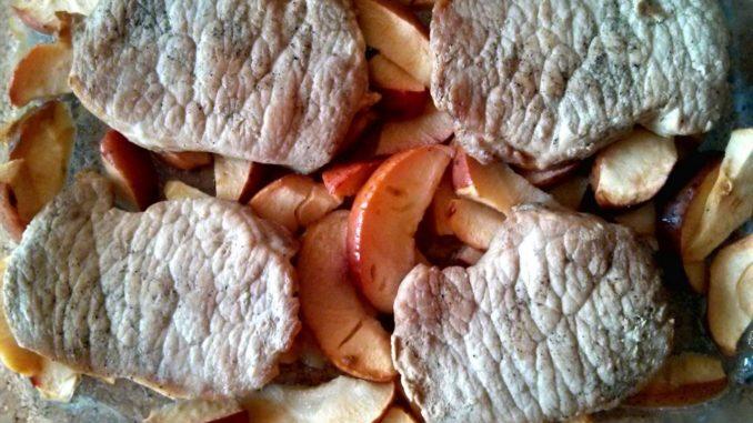 vepřové kotlety na jabkách
