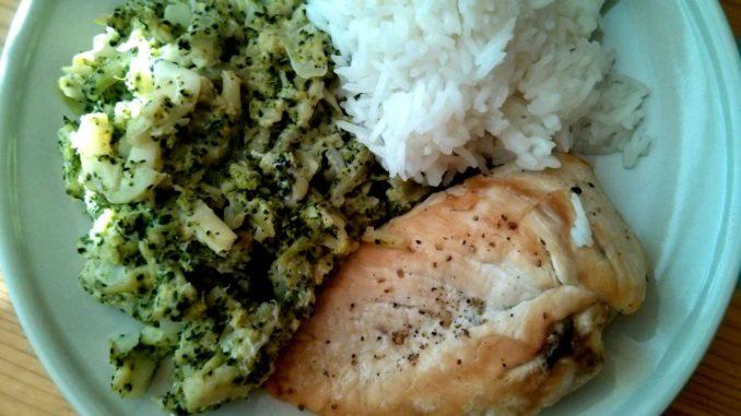 kuřecí prsa s brokolicovou omáčkou