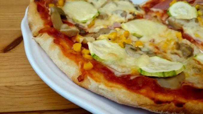 rajčatový základ na pizzu