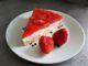 jahodový dort s piškoty